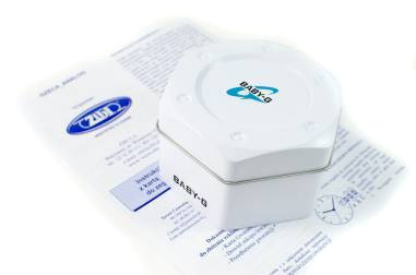 Zdjęcie pudełka i gwarancji BABY-G
